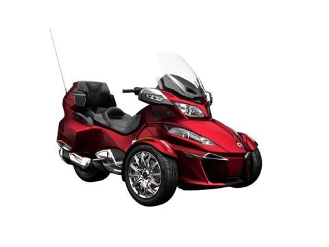 2016 Can-Am Spyder® RT Limited in Leesville, Louisiana