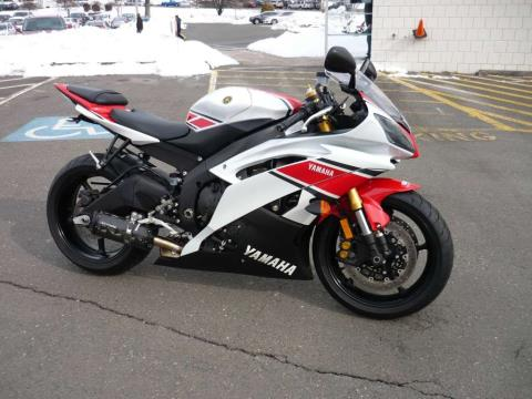 2012 Yamaha YZF-R6 in Manchester, Connecticut