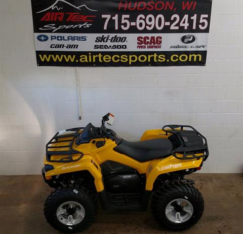 2017 Can-Am Outlander™ DPS™ 570 in Hudson, Wisconsin