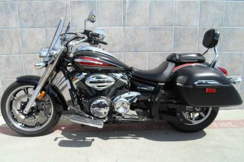 2014 Yamaha V Star 950 Tourer in San Marcos, California