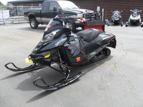 2016 Ski-Doo MX Z® X® E-TEC® 800R Black in Eagle River, Wisconsin