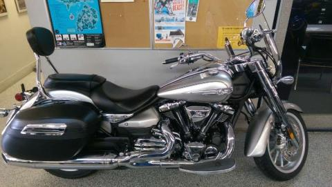 2014 Yamaha Stratoliner S in Coloma, Michigan