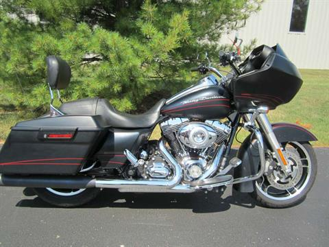 2011 Harley-Davidson Road Glide® Custom in Plain City, Ohio