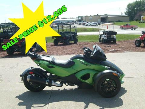 2012 Can-Am Spyder® RS-S SE5 in Winterset, Iowa