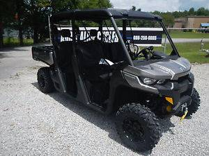 2017 Can-Am Defender MAX XT™ HD10 in Leland, Mississippi