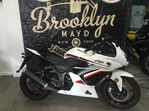 2011 Kawasaki ninja 250 in Brooklyn, New York