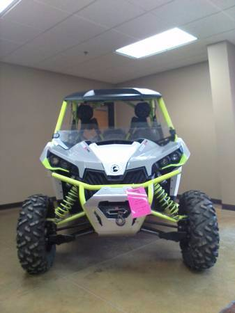 2015 Can-Am Maverick™ X® ds 1000R Turbo in Elma, New York