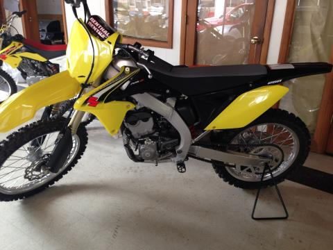 2016 Suzuki RM-Z250 in Logan, West Virginia