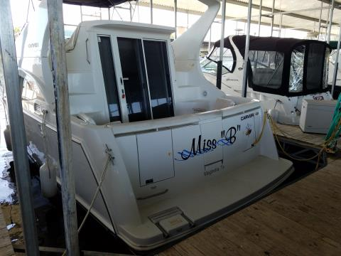 1998 Carver 350 MARINER in Willis, Texas