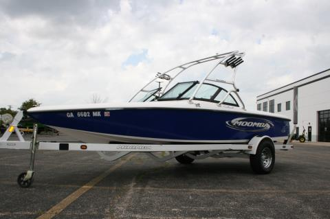 2000 Moomba Outback in Lake Zurich, Illinois