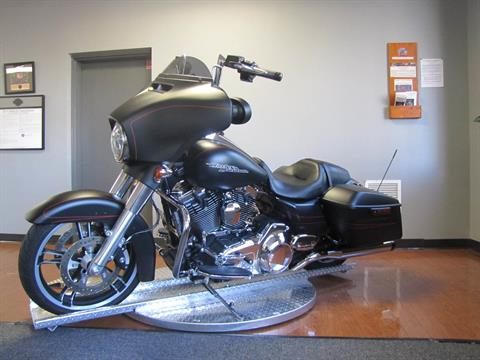2016 Harley-Davidson Street Glide® Special in Manchester, New Hampshire