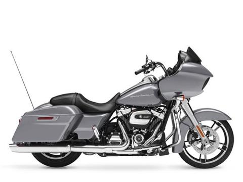 2017 Harley-Davidson Road Glide® in Manchester, New Hampshire