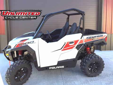 2017 Polaris General™ 1000 EPS in Tyrone, Pennsylvania