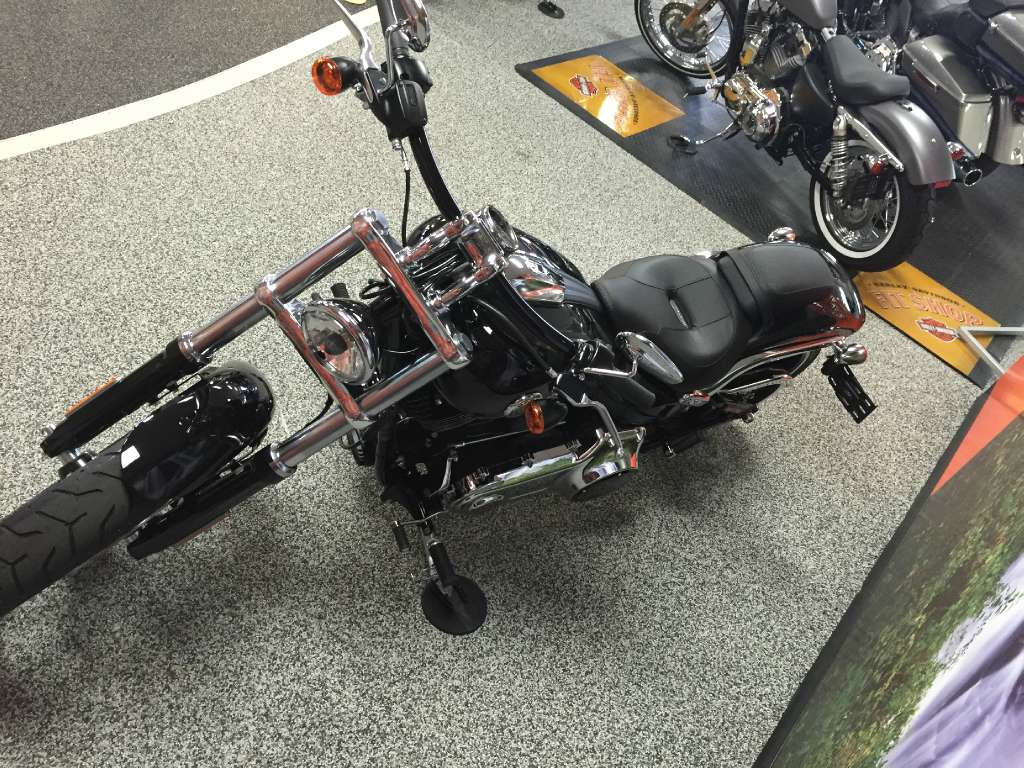 2016 Harley-Davidson Breakout® in Knoxville, Tennessee