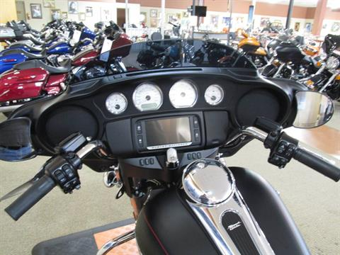 2016 Harley-Davidson Street Glide® in Knoxville, Tennessee