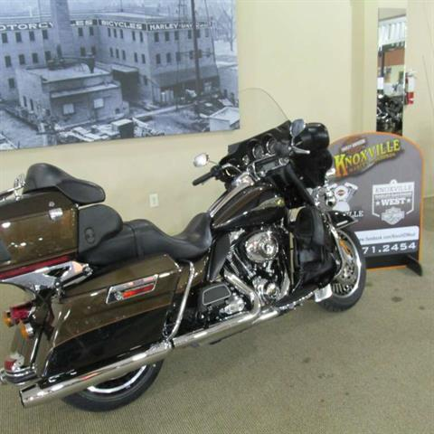 2013 Harley-Davidson Electra Glide® Ultra Limited 110th Anniversary Edition in Knoxville, Tennessee