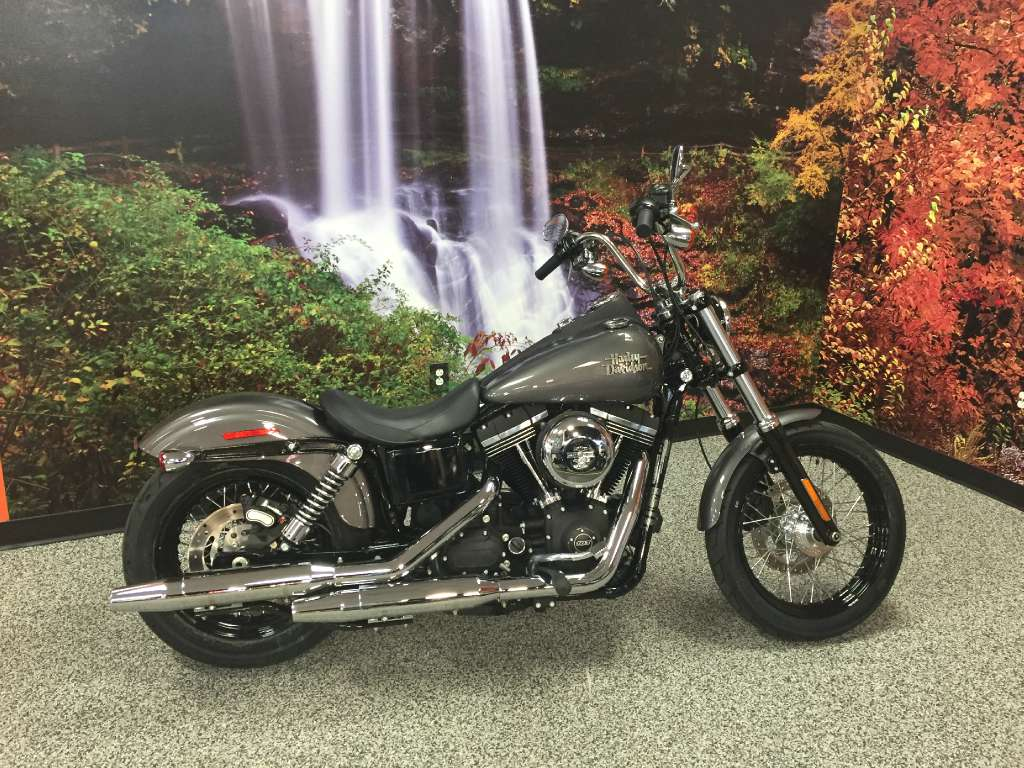 2016 Harley-Davidson Street Bob® in Knoxville, Tennessee