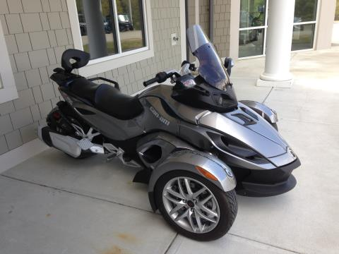 2013 Can-Am Spyder® RS SM5 in Barre, Massachusetts