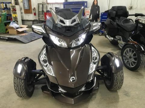2013 Can-Am Spyder® RT Limited in Toronto, South Dakota