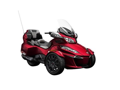 2016 Can-Am Spyder® RT-S SE6 in Middletown, New Jersey