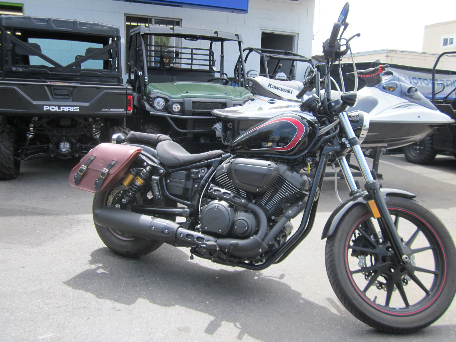 2015 Yamaha Bolt R-Spec in Goleta, California