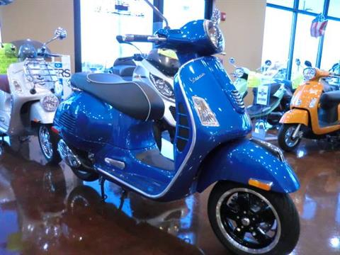 2015 Vespa GTS 300 Super ABS in Downers Grove, Illinois
