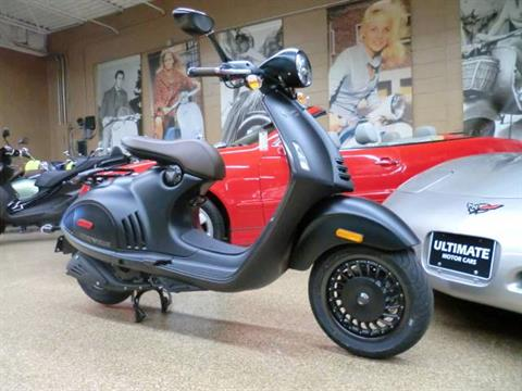2016 Vespa 946 3V ABS Emporio Armani in Downers Grove, Illinois