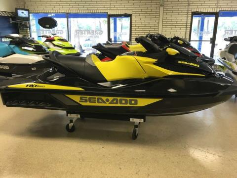 2016 Sea-Doo RXT® 260 in Tequesta, Florida