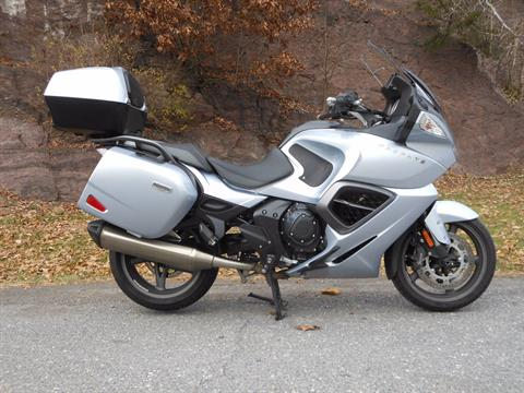 2014 Triumph Trophy SE ABS in Port Clinton, Pennsylvania