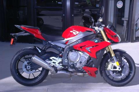 2016 BMW S 1000 R in Pomona, California