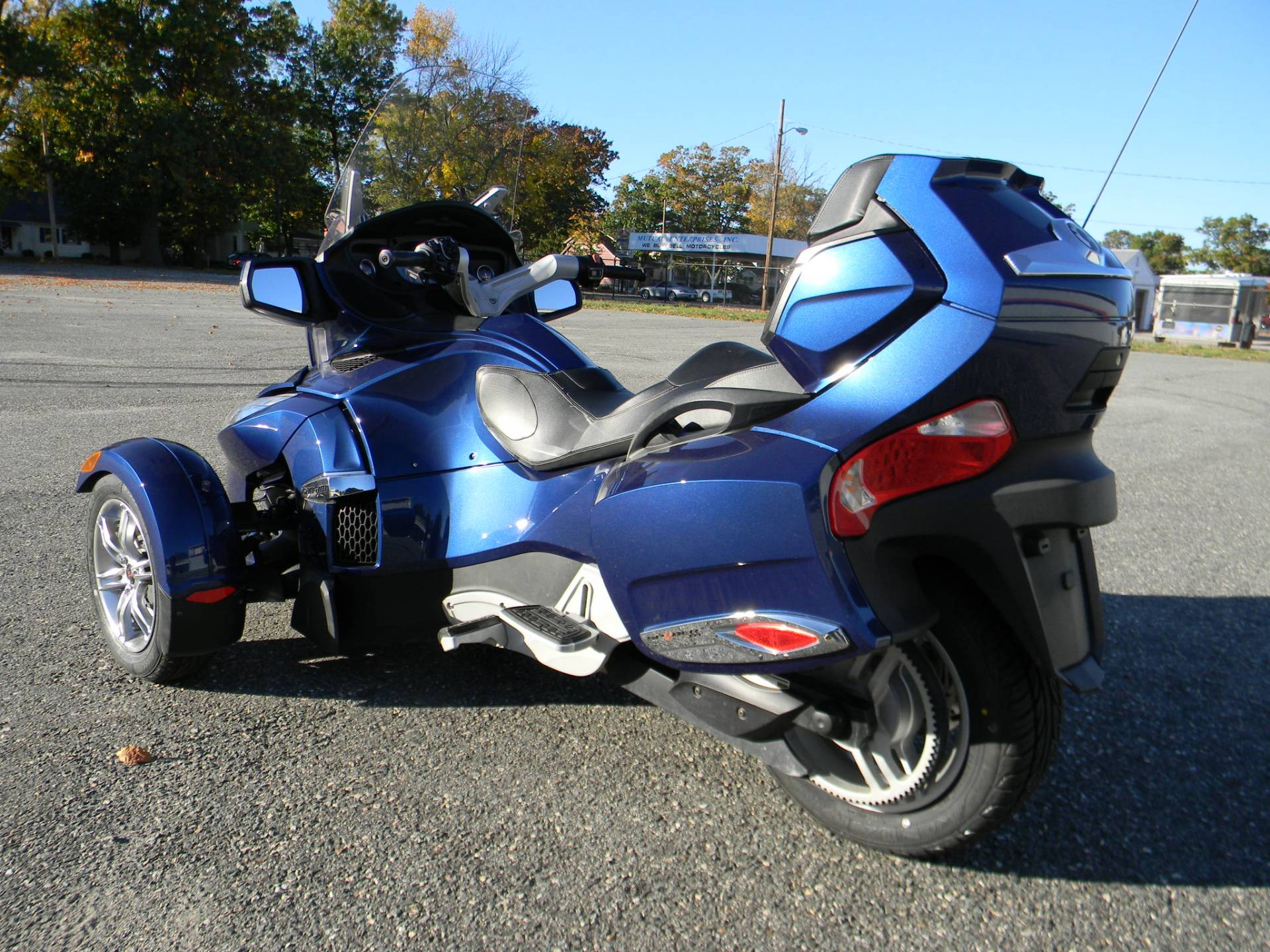 2011 can am spyder rt s se5 for sale springfield ma 585008. Black Bedroom Furniture Sets. Home Design Ideas