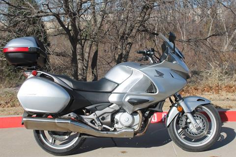 2010 Honda NT700V ABS in Allen, Texas