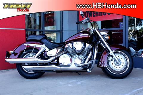 2006 Honda VTX™1300R in Huntington Beach, California