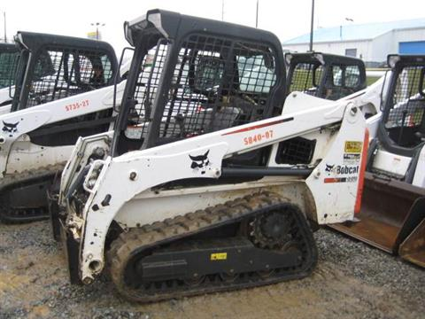 2014 Bobcat T450 in Johnson City, Tennessee