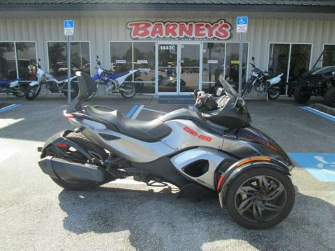 2013 Can-Am Spyder® RS-S SE5 in Brooksville, Florida