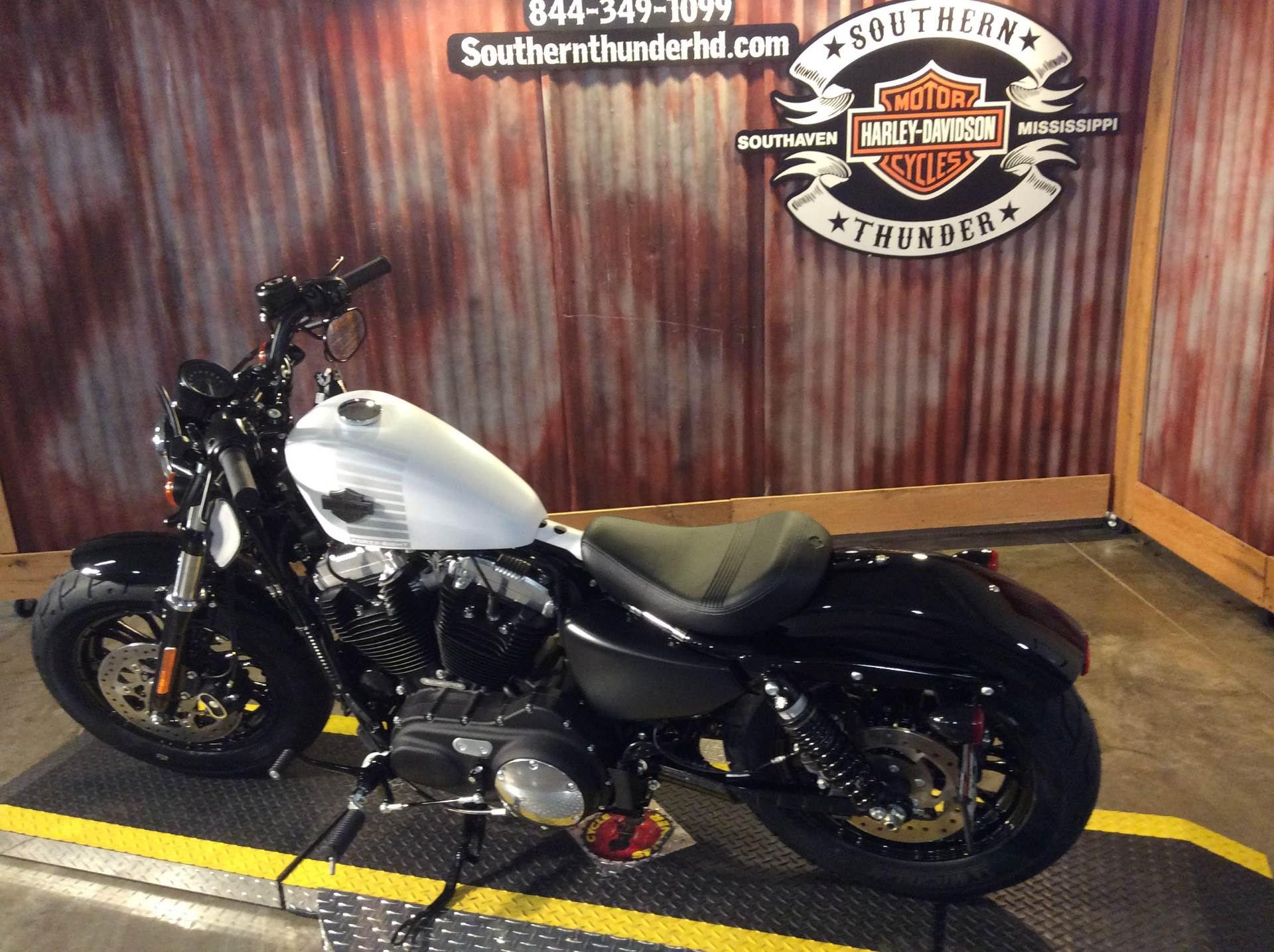 New 2017 Harley-Davidson Forty-Eight Motorcycles in Southaven, MS ...