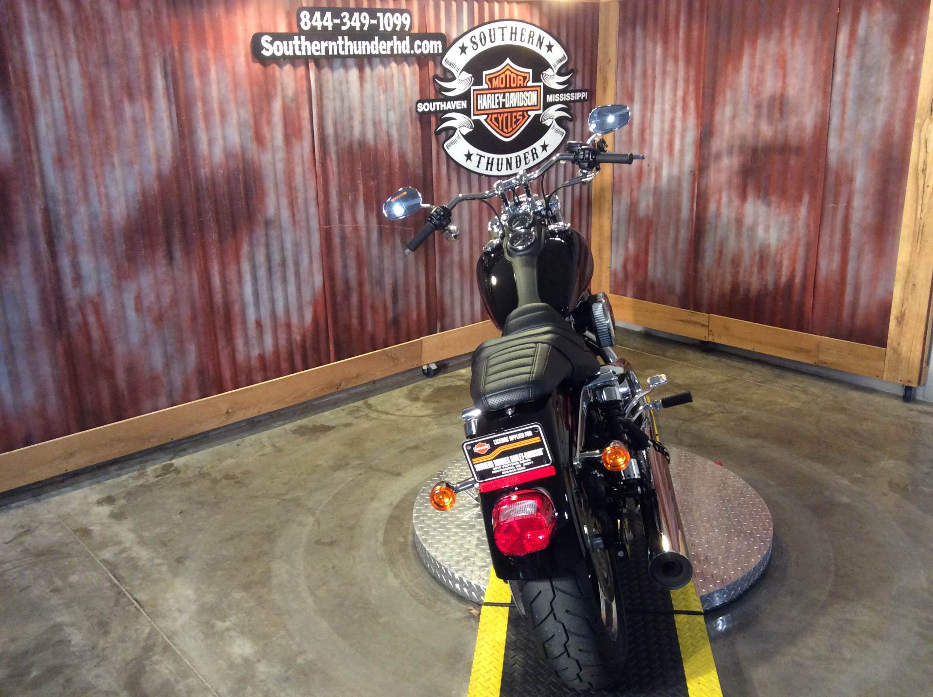 2017 Harley-Davidson Low Rider® in Southaven, Mississippi