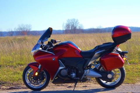 2010 Honda VFR1200FA in Traverse City, Michigan