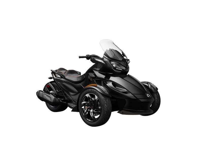 2016 Can-Am Spyder® ST-S in Brookpark, Ohio