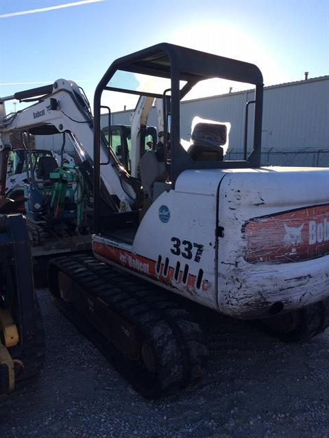 2004 Bobcat 337 in Springfield, Missouri