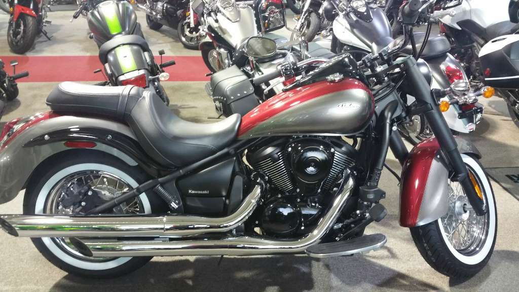 2016 Kawasaki Vulcan® 900 Classic in Greenville, North Carolina