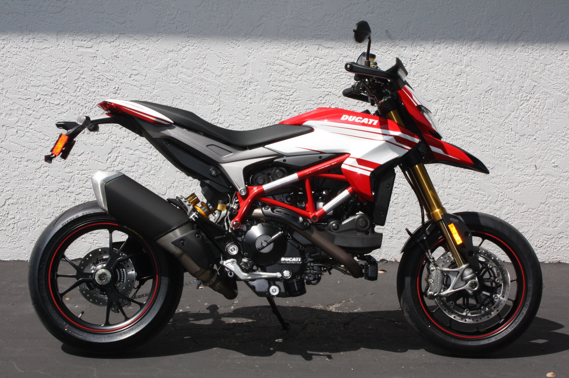 2016 ducati hypermotard 939 sp for sale fort myers fl. Black Bedroom Furniture Sets. Home Design Ideas