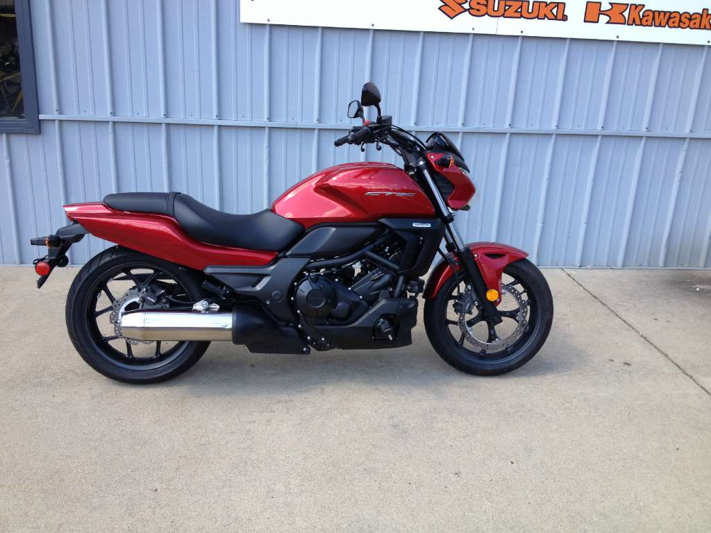 2014 honda ctx 700 red 2014 honda touring motorcycle in athens oh 4140620592 used. Black Bedroom Furniture Sets. Home Design Ideas