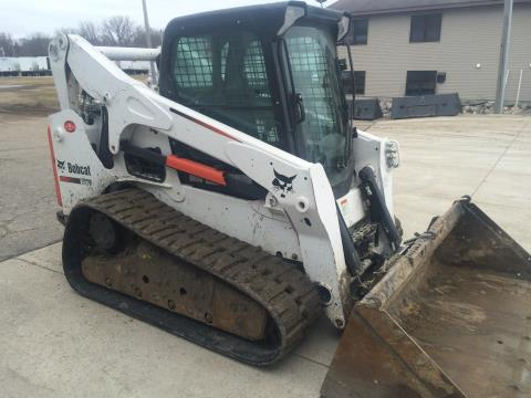 2015 Bobcat T770 in Dassel, Minnesota