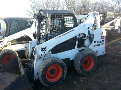 2013 Bobcat S530 in Dassel, Minnesota