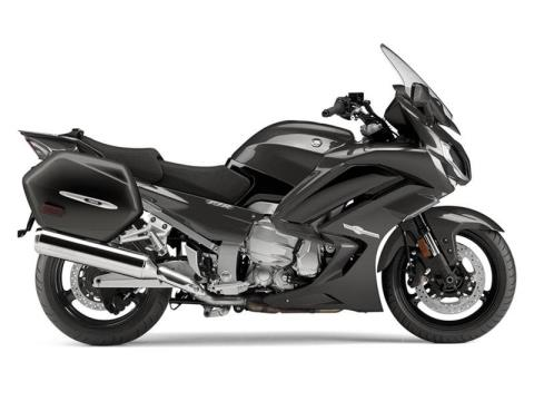 2015 Yamaha FJR1300ES in Fontana, California