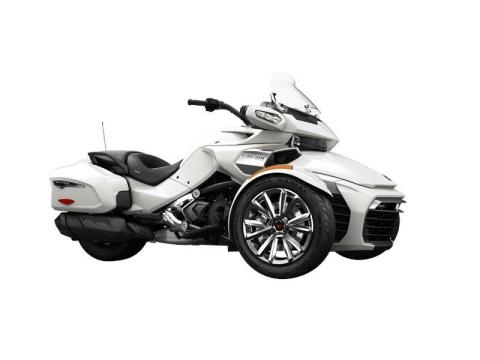 2016 Can-Am Spyder® F3 Limited in Castaic, California