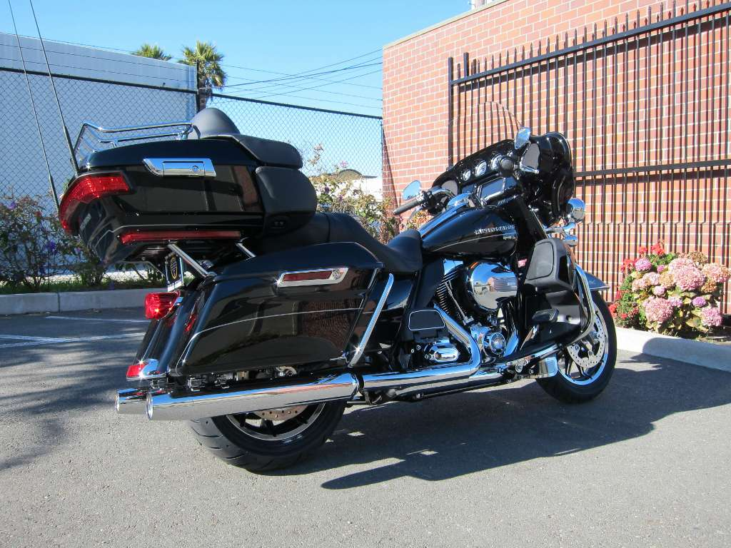 2014 Harley-Davidson Ultra Limited in South San Francisco, California