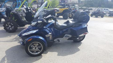 2010 Can-Am Spyder® RT-S SE5 in Tyler, Texas