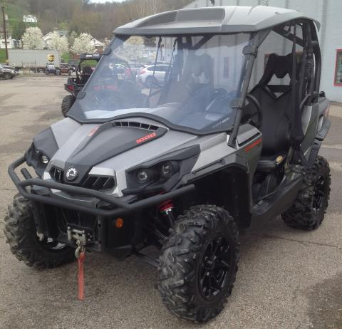 2015 Can-Am Commander™ XT™ 1000 in Brilliant, Ohio
